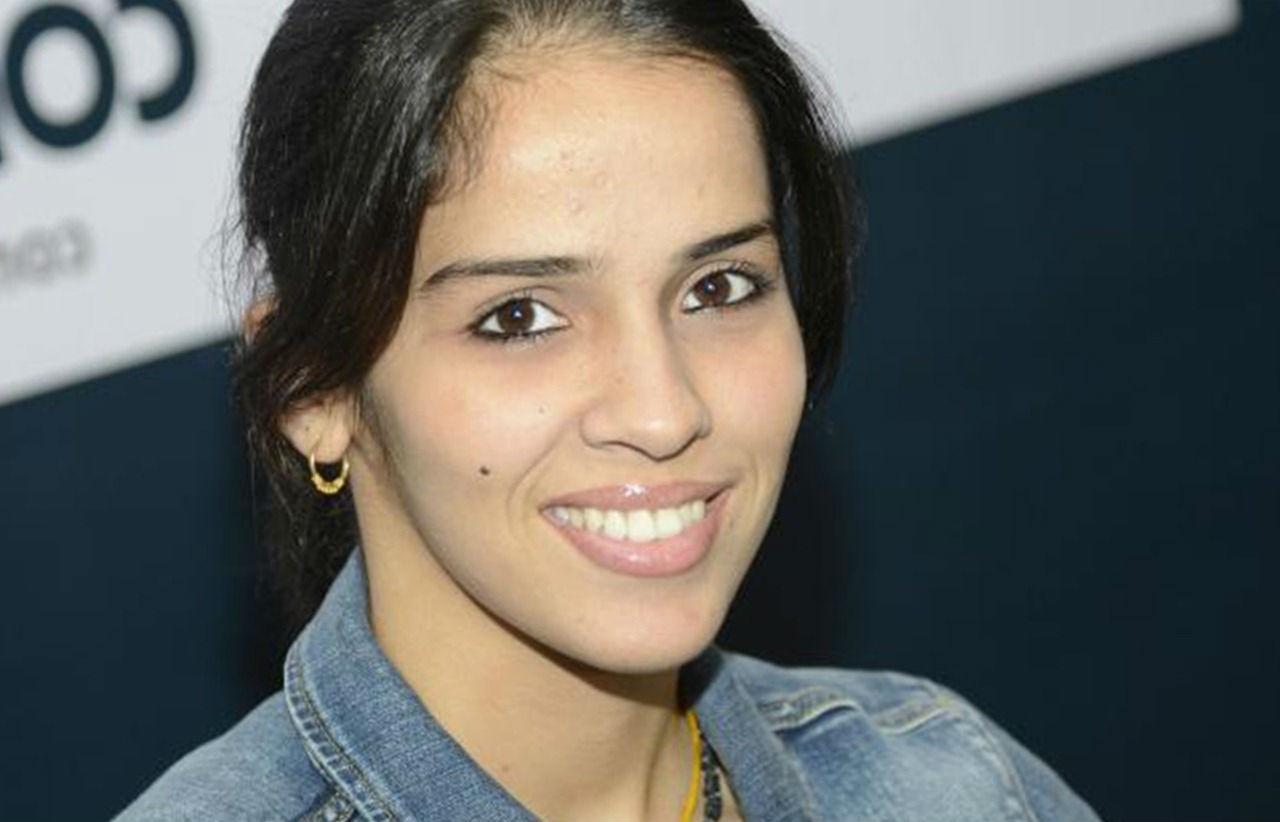 Saina-Nehwal-Best-Smile-Photos-Tecake