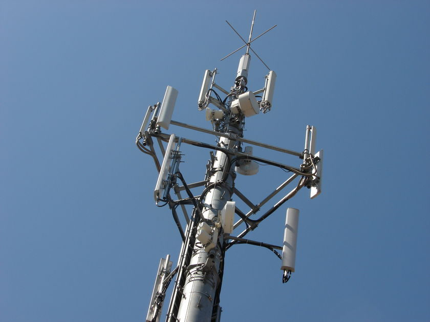 2G and 3G spectrum auction DoT