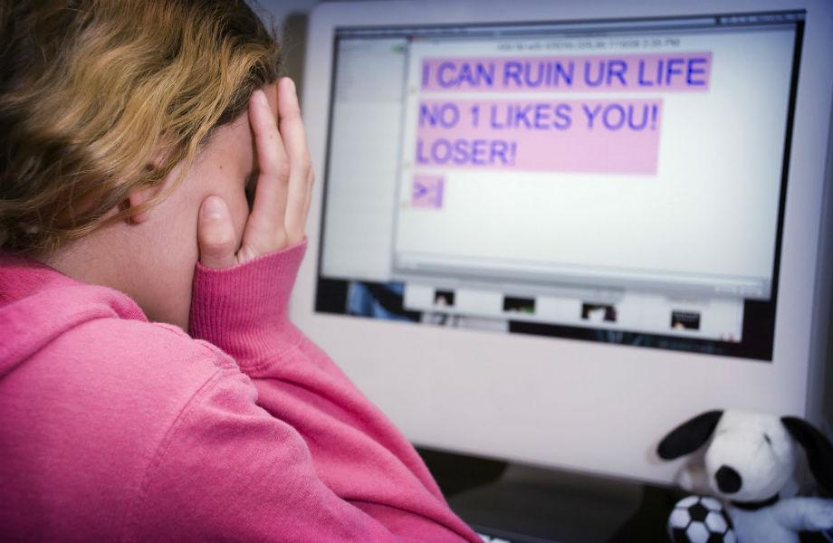 girls victim of cyberbullying