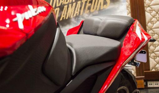 RS200 Seat1 TeCake