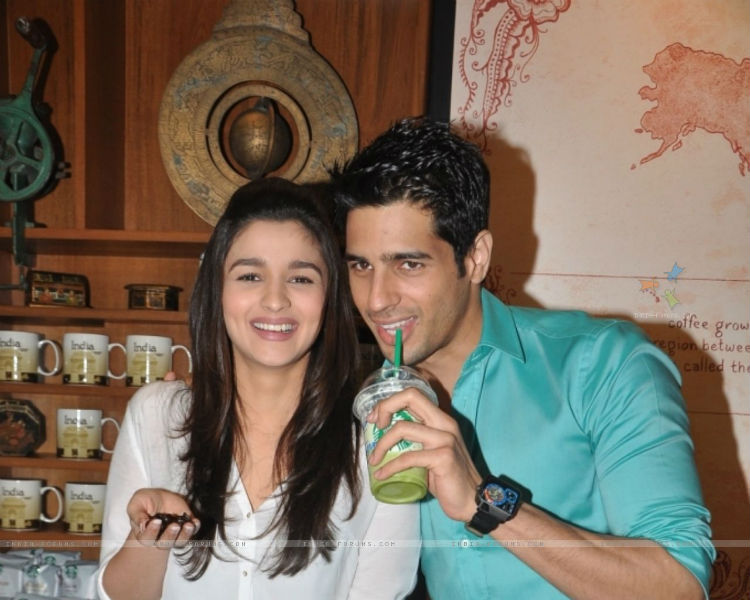Karan Johar deciding cast on Kapoor and Sons but not for Ram Lakhan