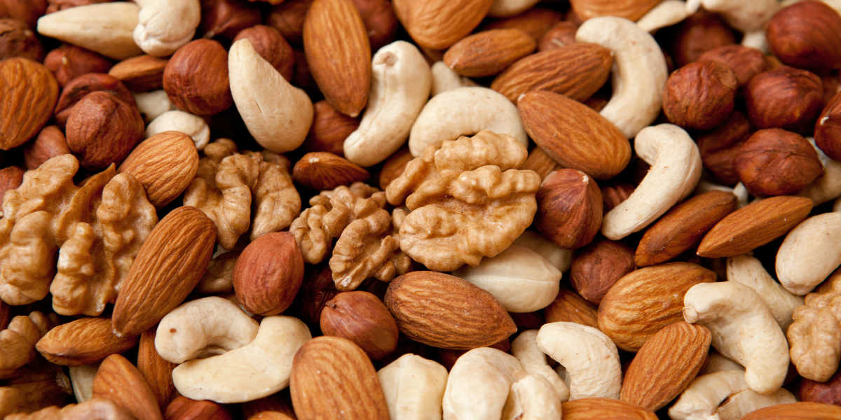 Consuming nuts each day decreases risk of metabolic syndrome
