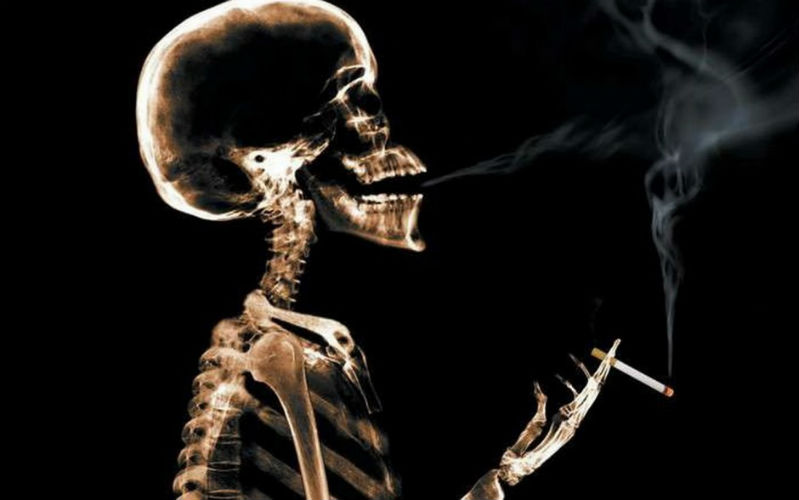 World has more than one billion smokers and 240 million drinkers, claims study