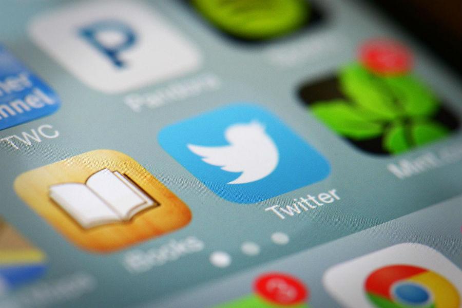 Twitter mobile app Tecake