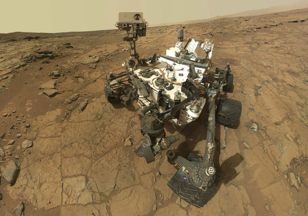 Watch stunning selfies of NASA's Curiosity rover