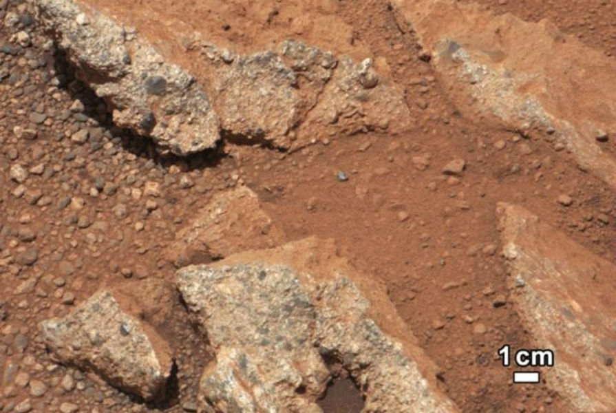 Mars river carried pebbles up to 50km, suggests alien life on the Red Planet in past