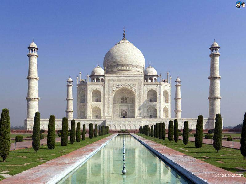 Heritage experts raise concerns over the Taj Mahal illumination
