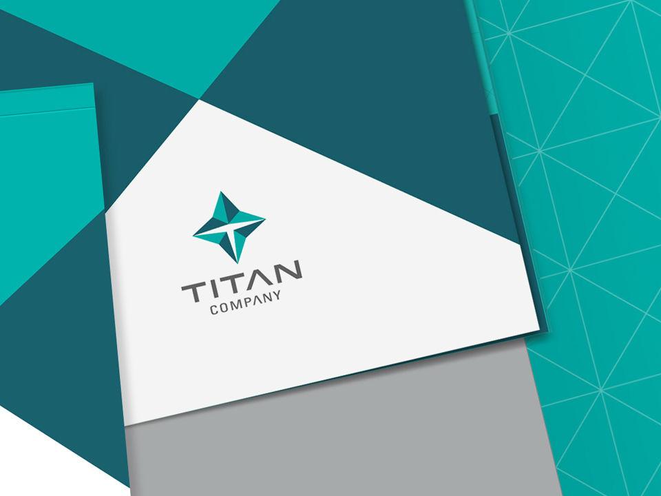 Titan Poster - The TeCake