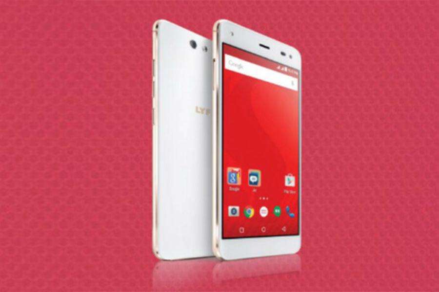 Reliance Jio LYF Earth 1 4G smartphone - The TeCake
