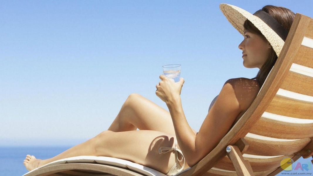 Take Sunbathe to reduce cancer risk, claims study