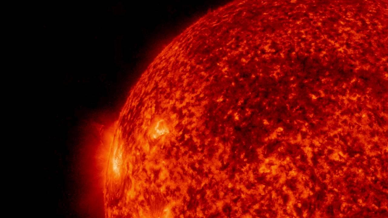 NASA solar observatory records solar energy bursting from the sun, Watch Video