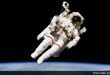 These smart shoes will help astronauts from tripping hazards