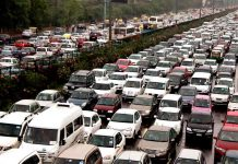 New Delhi car traffic