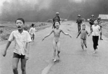 Most powerful editor Zuckerberg accused of abusing his power by deleting 'Napalm girl' image