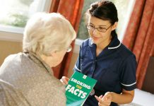 patient talking to nurse to quit smoking