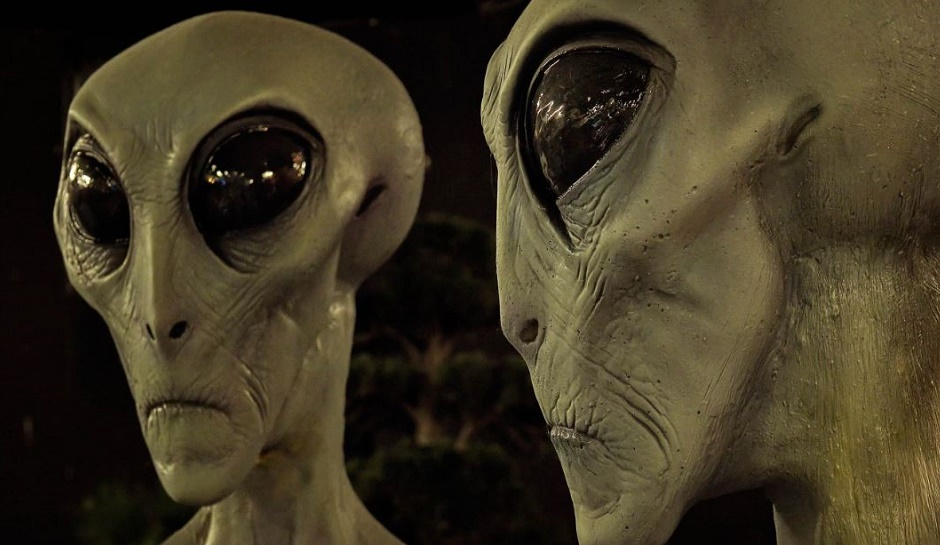 How much the aliens would resemble with humans?