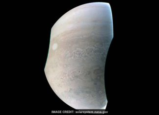 NASA Juno spacecraft beams back stunning image showing 'String of Pearls' on Jupiter