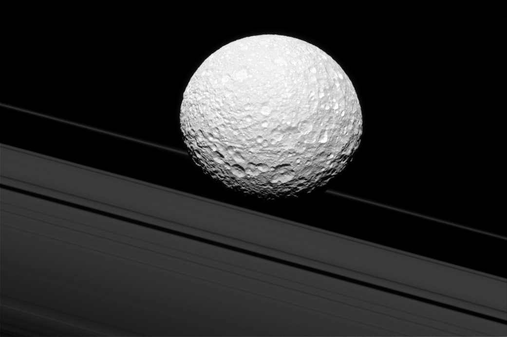 See Pic: Saturn moon Mimas crash into rings captured by NASA Cassini spacecraft