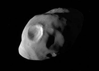 NASA image of day reveals incredibly close up view of Saturn moon Pandora
