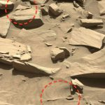 \Do aliens exist? Aliens hunters find large spoon and knife on Mars in NASA image