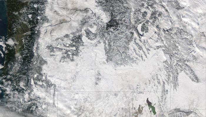 Image credits: NASA Goddard MODIS Rapid Response