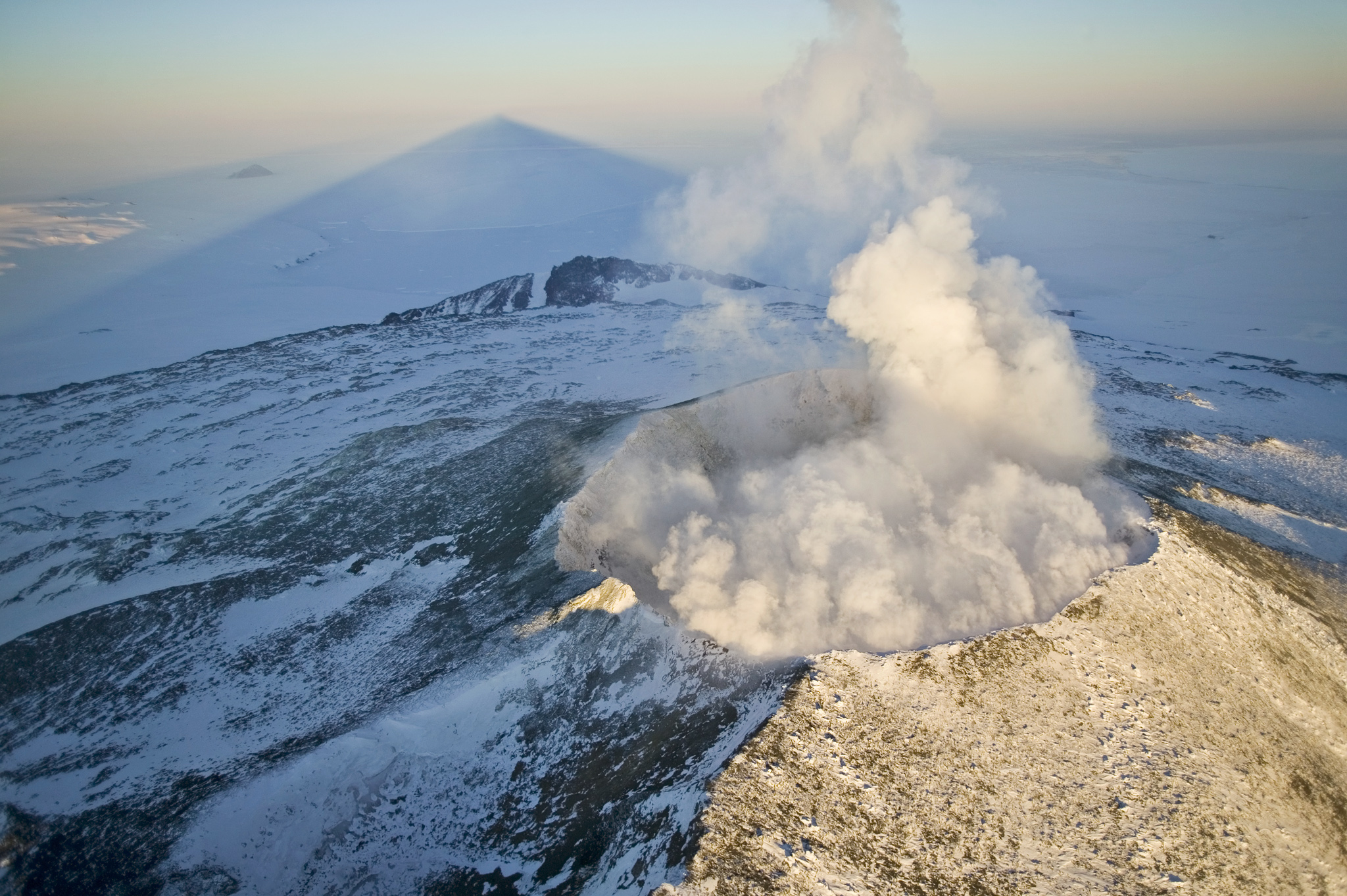 Antarctic volcanic eruption
