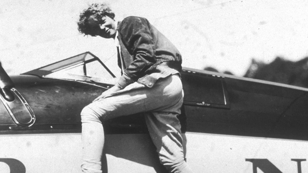 Amelia Earhart death