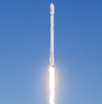 Falcon 9 by SpaceX