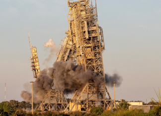 Two towers at Cape Canaveral Launch Complex 17 finally demolished