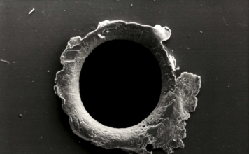 Astronauts plug a 2-milimeter hole found on ISS due to micrometeorite